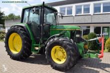 John Deere 6100 农用拖拉机