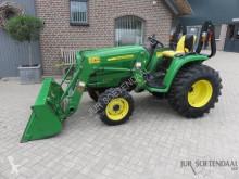 zemědělský traktor John Deere 3036E