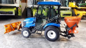 zemědělský traktor New Holland Boomer 25 inkl. Winterdienst-Ausrüstung, TOP Zustand