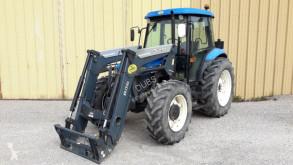 zemědělský traktor New Holland TD75D