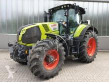 zemědělský traktor Claas AXION 830