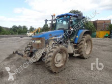 tracteur agricole New Holland TM120