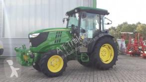 tracteur agricole John Deere 5090GV