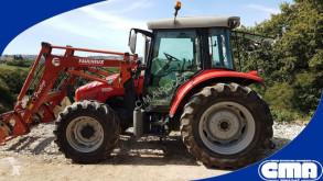 tractor agrícola Massey Ferguson 5435