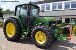tracteur agricole John Deere 6100