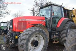 tracteur agricole Massey Ferguson MF 8250