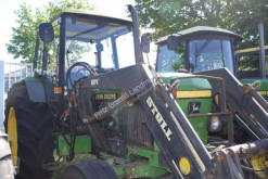 ciągnik rolniczy John Deere 2250