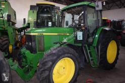 tractor agrícola John Deere 6610