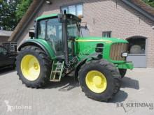 tracteur agricole John Deere 6530