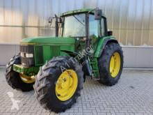 tractor agricol John Deere 6800