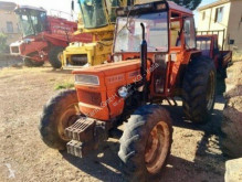 tracteur agricole Universal