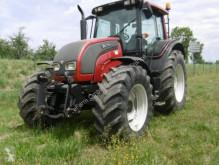 ciągnik rolniczy Valtra