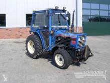 tractor agricol Iseki