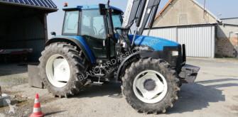 tracteur agricole New Holland 8260 DT RANGE