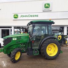 John Deere 5105 GN farm tractor