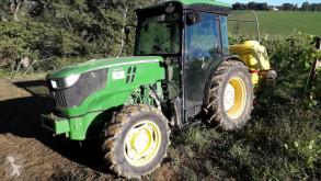 tractor agricol John Deere 5100GF
