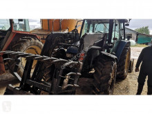tracteur agricole New Holland TL 90