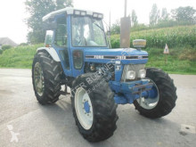 tracteur agricole Ford 7810