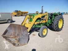 tracteur agricole John Deere 2030