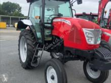 селскостопански трактор Mc Cormick