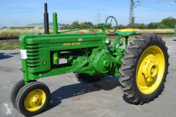 tracteur agricole John Deere MODEL B