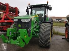 ciągnik rolniczy John Deere 8320 R