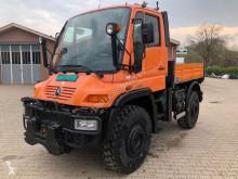 奔驰 Unimog U400 农用拖拉机