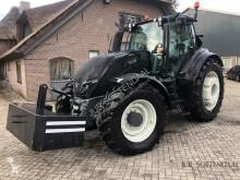 tractor agrícola Valtra T214