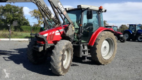 tracteur agricole Massey Ferguson 5445