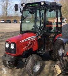 tracteur agricole Massey Ferguson 1525