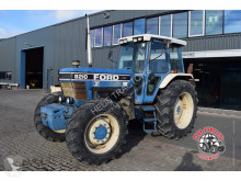 tracteur agricole Ford 8210 Gen.III 4wd.
