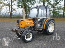 tracteur agricole Renault