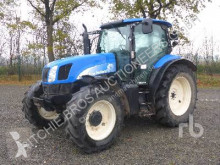 tracteur agricole New Holland TS115A DELTA