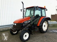 tracteur agricole New Holland L60