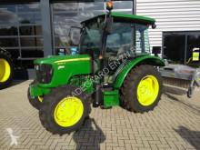 tracteur agricole John Deere 5050E