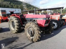 tractor agricol tractor vechi Case IH