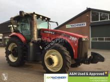 tracteur agricole Versatile 290