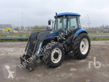tractor agricol New Holland TD80D