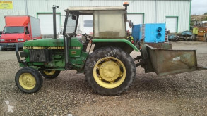 ciągnik rolniczy John Deere 1350 AVEC BENNE KANGOUROU ET REMORQUE DE MARQUE MAITRE