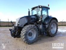tractor agrícola Claas Axion 810 Cebis