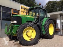 tractor agrícola John Deere 6920