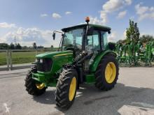 tractor agrícola John Deere 5075 E