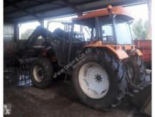 雷诺 农用拖拉机