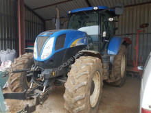 tracteur agricole New Holland T6070