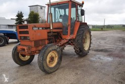 tractor agricol Renault R 7641