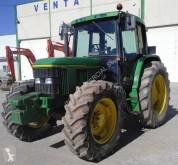 селскостопански трактор старо ремарке John Deere