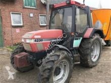 селскостопански трактор Case IH 4230