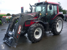tracteur agricole Valtra N101