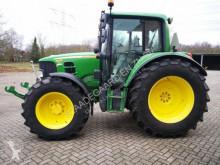 tracteur agricole John Deere 6230