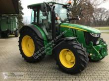trattore agricolo John Deere 5115R